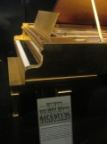Elvis' gold piano