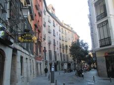 curving street