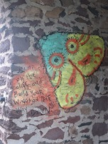 Build your wings grafiti